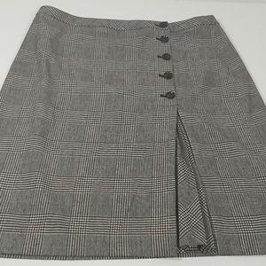 Banana Republic Skirt  Size 14 Plaid Black White